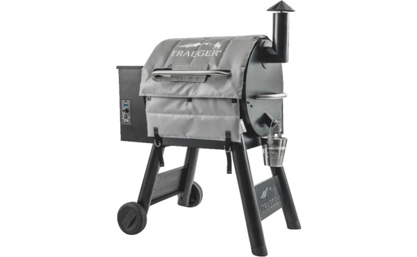 Traeger 22 Series Insulated Blanket Grill Cover